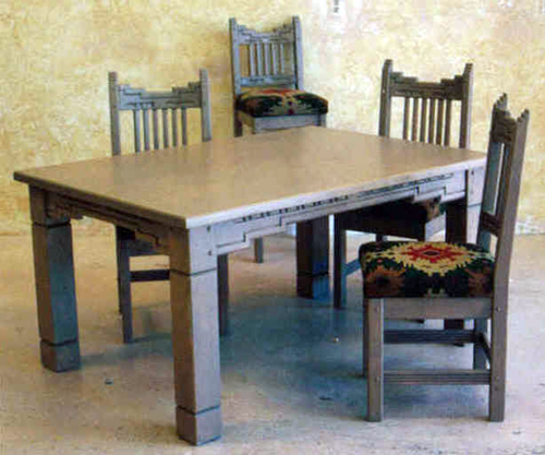 Santa Fe Dining Set Standard Design.