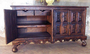 Old World Style Dining Sets Tables Chairs Buffets
